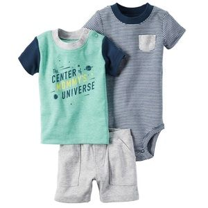 Carters 3 piece set Center of Mommy's Universe